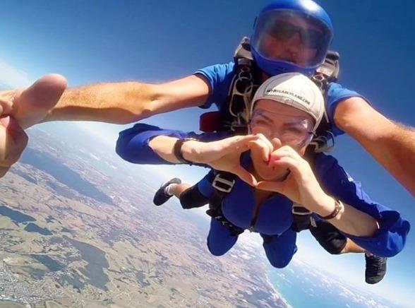 evjf-parachute